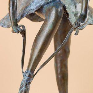 La Danseuse aux chaussons - The Slipper Dancer